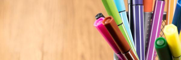Długopisy reklamowe – plastikowe czy metalowe?