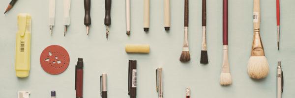 Jak stworzyć wyróżniające się długopisy reklamowe?