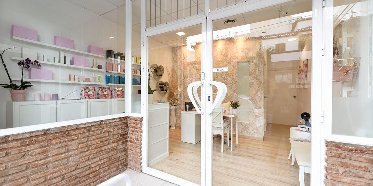 Najlepsze materiały reklamowe dla salonu kosmetycznego