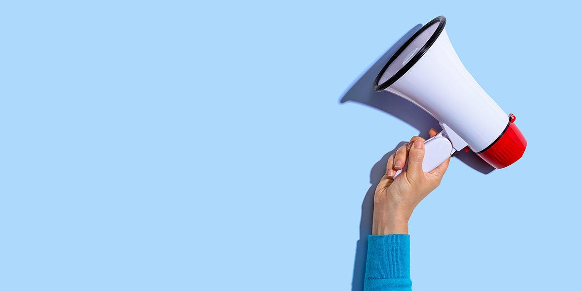 Świętuj swoje sukcesy i daj znać o nich swoim klientom – okolicznościowe długopisy promocyjne